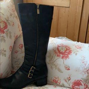 Bandolino Woman's knee high Boot sz 9 1/2